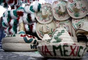 Pase lo que pase ..... QUE VIVA MEXICO.... C.....!!!!